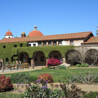 Lovely grounds and architecture