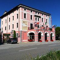 Antica dogana di confine in vari periodi storici tra Italia - Austria, attualmente HOTEL&RESIDEN
