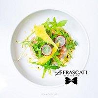 Tartare de saumon, condiment pommes granny et herbes fraîches (suggestion du chef, début février