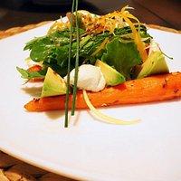 ensalada de zanahoria especiadas i aguacate