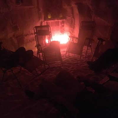 So Relaxing ! A Cave made of Salt filled with Salty Air from a Generator ! Just WOW ! So Cool !