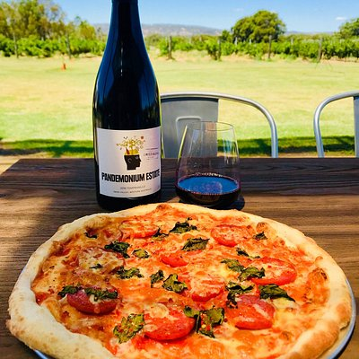 Just a few photos from Pandemonium Estate - wine, platters and pizza.