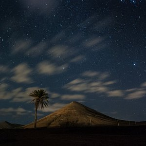 Paradise island - guided night photography tours