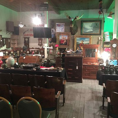 The Icehouse offers first quality Antiques, Art and Artifacts at live Auction - Friday Nights