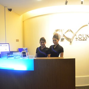 Front desk and receptionists