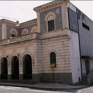 "Veduta del Teatro ""Nino Martoglio"" Belpasso (CT)"