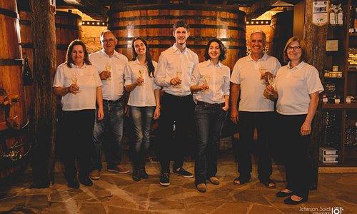 A Família! Da esq. para dir., Roseli, Mário, Letícia, Lorenzo, Bruna, Loreno e Maria de Lourdes