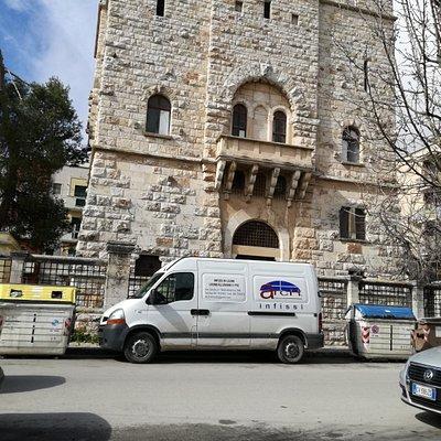 Palazzo AQP da Piazza Moro