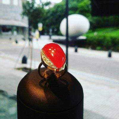 INCA ROSE ring and pave diamonds / Anillo de piedra del Inca y pavé de brillantes . Oro 18 kts