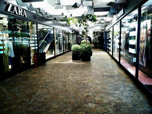 Galleria Bardelli / Udine
