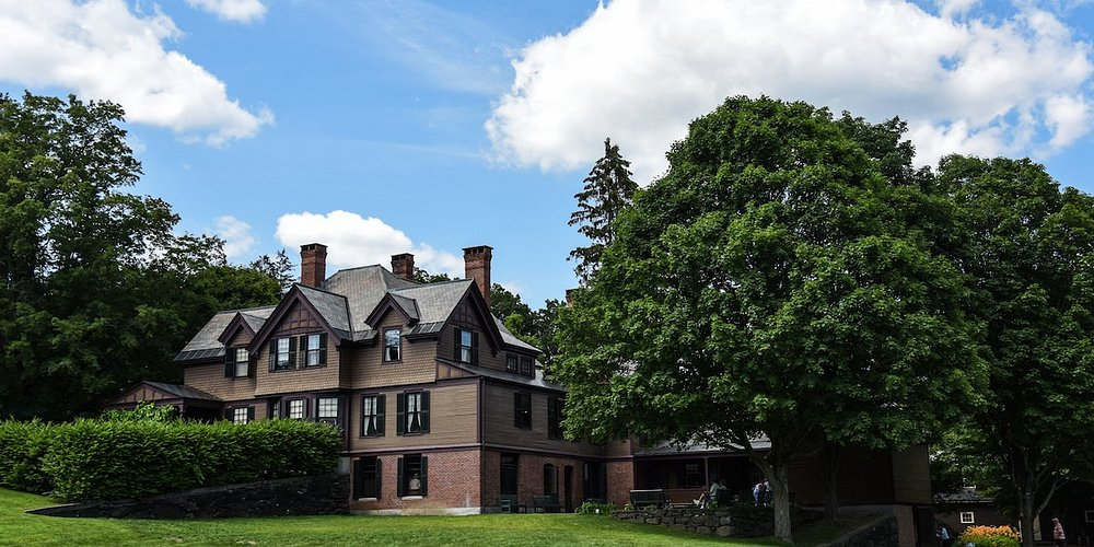 Visit the 1890 Farm House to discover the stories of the family that lived here