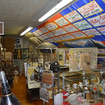 Large amounts of Iowa Great Lakes area memorabilia