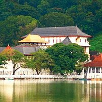 Kandy Lake and the Temple of tooth relic captured from lake side