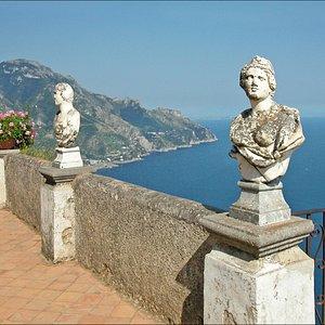 Villa Cimbrione terrace