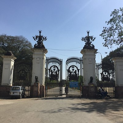 Entrance to Lal Bagh Palace