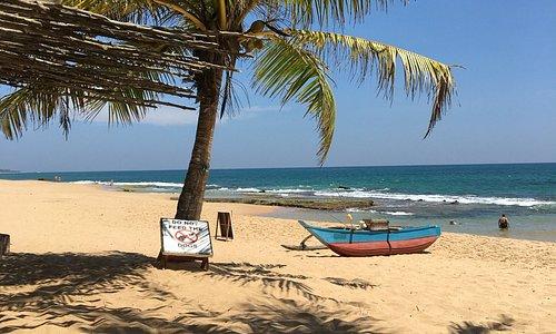 Marakolliya Beach