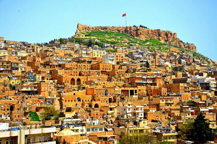 Büyük Mardin Otelinden muhteşem Mardin manzarası sizi karşılayacaktır