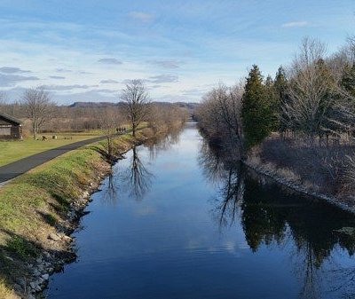 Old Erie Canal Park