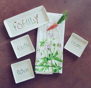Family, Faith, Hope, Love Trinkets
