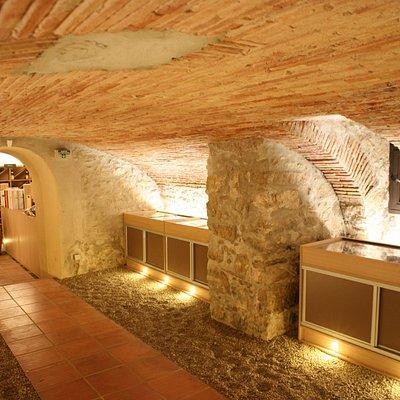 Cave Souterraine