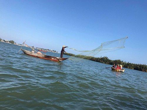Vietnam Basketboat tour(12usd/guest)-visit:hoianbasketboattour.com