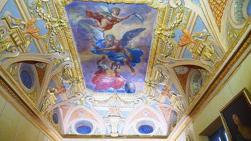 Fresque représentant la Sagesse défiant le Temps et la Mort.