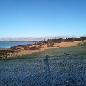 Billeder ud mod spidsen af Røsnæs taget fra hul 14 på Kalundborg Golfklubs bane. Foto Flemming R
