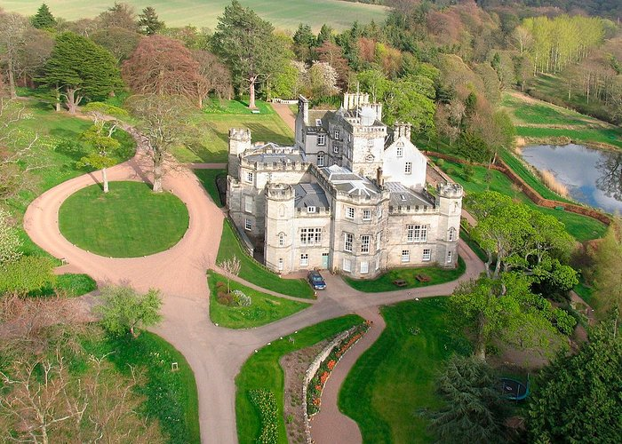 Winton Castle, an exclusive use venue in East Lothian. © VisitScotland, all rights reserved.