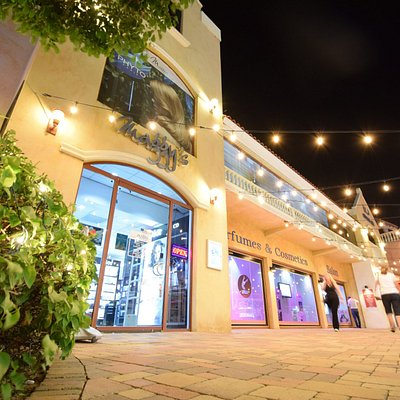 Our Maggy's Paseo Herencia store, all our stores are Tax Free & Duty Free