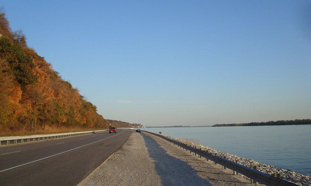 Mississippi River, North of Alton