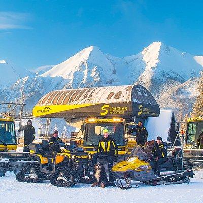 Strachan Ski Centrum team