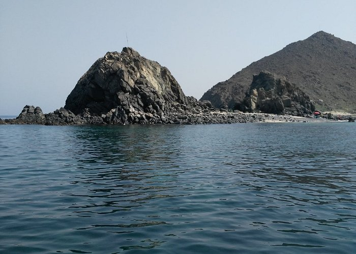 From Khor Fakkan to the Sharq island