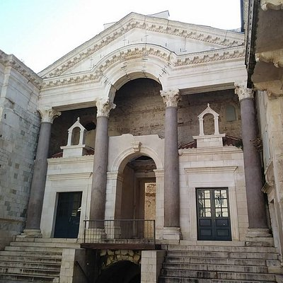 The Beautifull Peristyle of Split from the Antiquity
