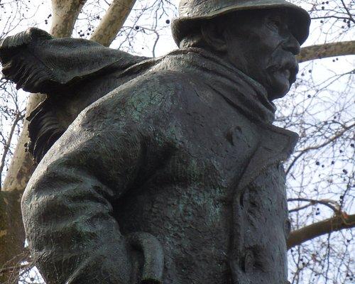 Détail de la statue de Clémenceau