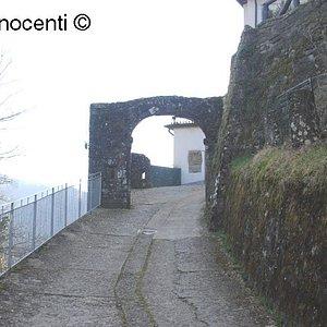 Perpoli: antica Porta