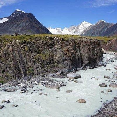 Altai Tavan Bogd National Park in 6 days