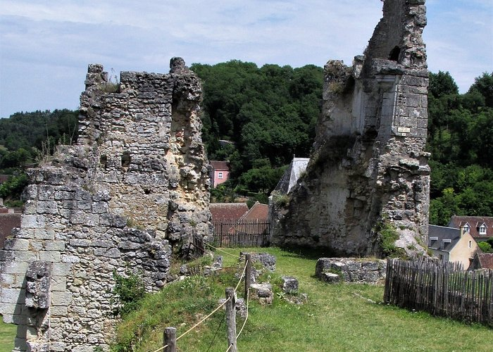 Ruines d'un logis