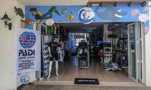 Lanzarote Non Stop Divers Shop