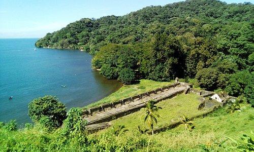 Forteress of San Fernando, the other side of Portobelo bay