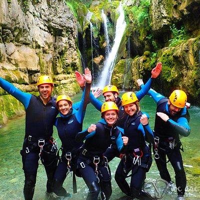 Actividades de Aventura: Pirineos - Huesca. Barranco de Viandico, de los más bonitos de la zona.