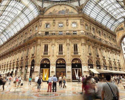 Bespoke Chauffeured City & Shopping Tour Milan