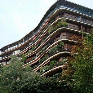 Un palazzo ricco di verde