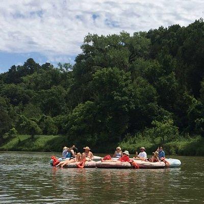 Group of tubers enjoying the beautiful Niobrara River