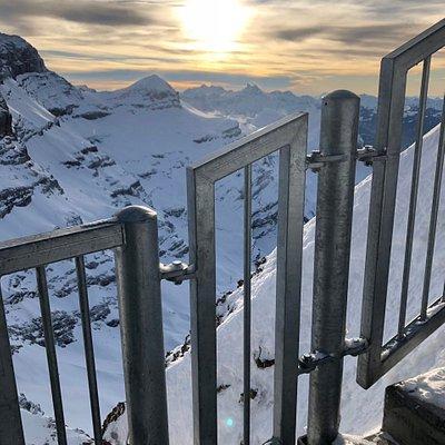 Glacier 3000 Sunset