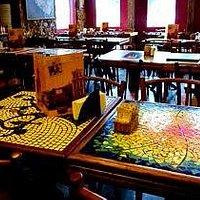 Mesas com mosaico