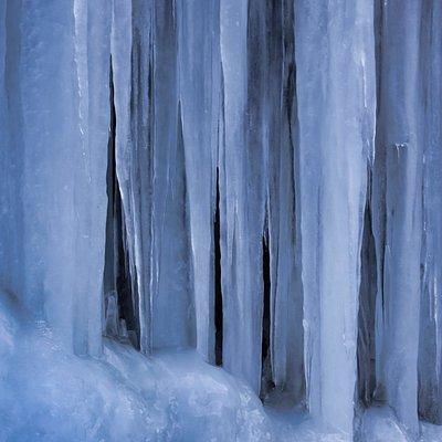 梨木の氷柱アップ
