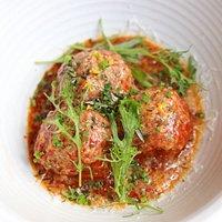 Braised lamb meatballs