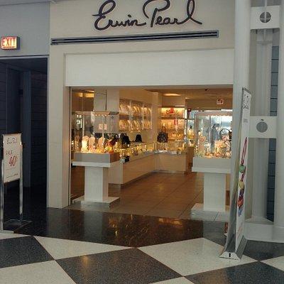 Erwin Pearl - O'Hare Terminal 1