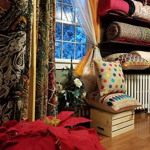 Textiles, Quilts, Tapestries, Cushion-covers, Rugs