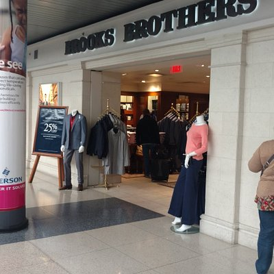 Brooks Brothers - Chicago O'Hare Terminal 3